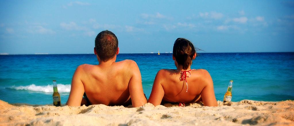 pareja-playa-relax1