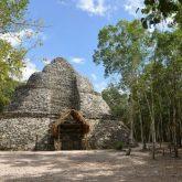 piramida w strefie archeologicznej Coba